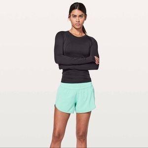 Lululemon washed marsh tracker shorts size 6 NWT